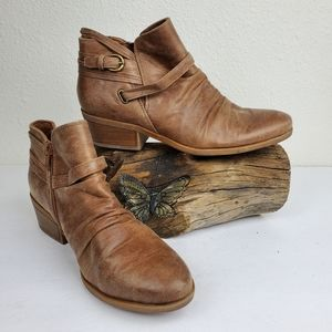 Bare traps ginella booties brown